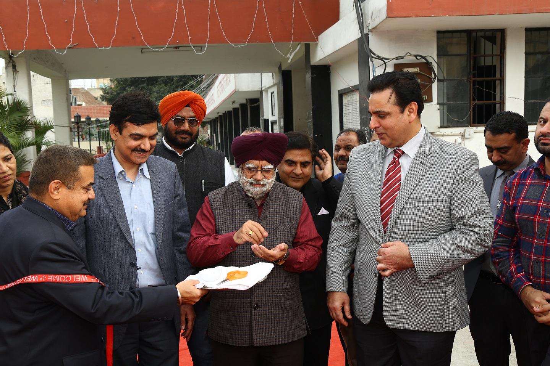 S A T F & Consumer Expo starts at localDesh Bhagat Yaadgar Hall,  Such expos boost trade between India-Pakistan, Said Raja Iqbal, RCCI