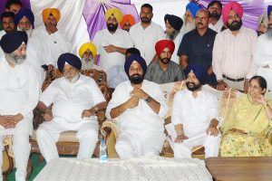 Bikram Majithia asks people to teach a lesson to arrogant Congress in Shahkot election