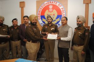 DC AND CP HONOUR CIA TEAM FOR BUSTING CRIMINAL CASES