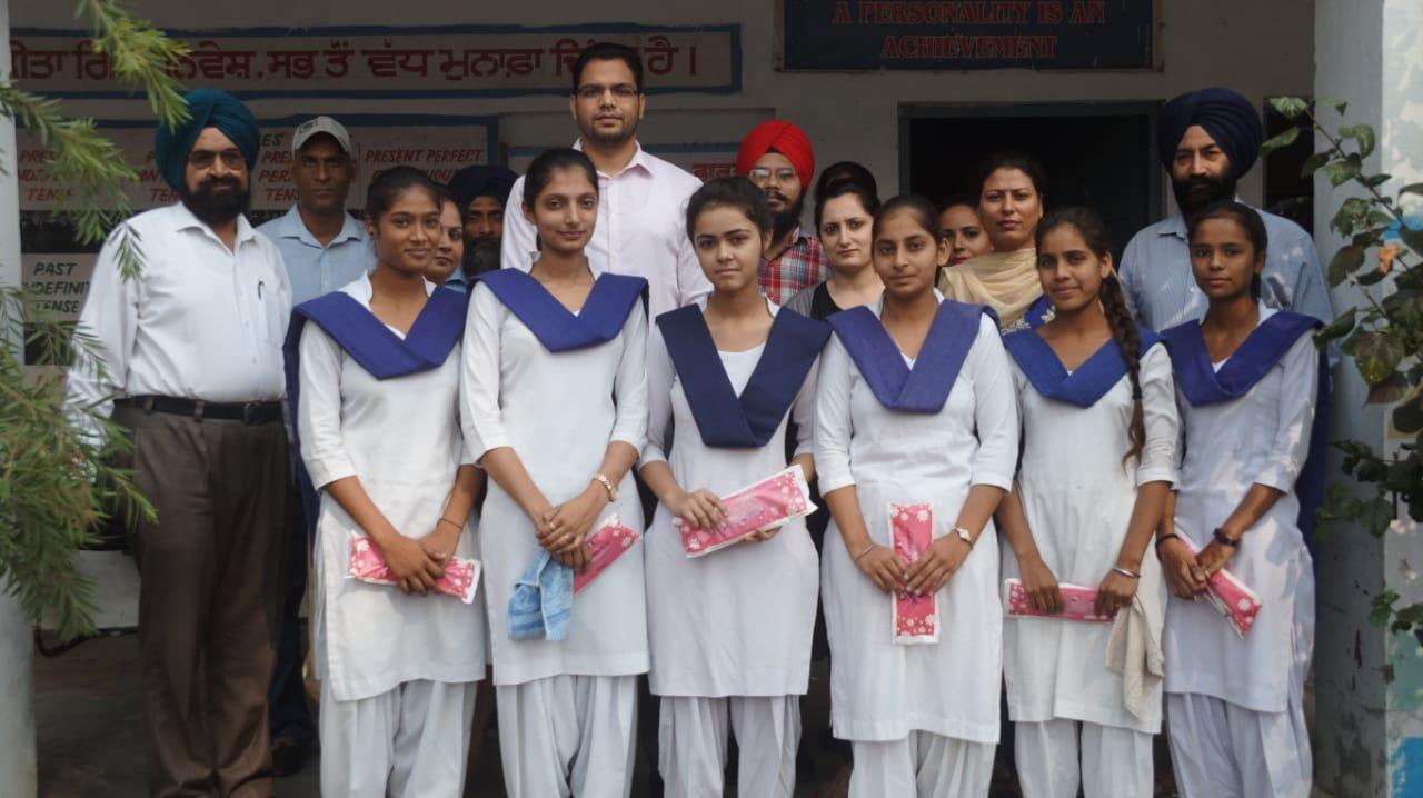 ADC DISTRIBUTES 300 SANITARY NAPKINS IN JAMSHER KHAS GOVERNMENT GIRLS SENIOR SECONDARY SCHOOl