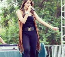 "Bollywood Singer Akira released her new Punjabi Dancing Track ""Dhamak"""