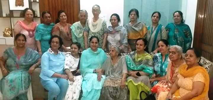 डॉ. अटवाल की बेटी ने किया पिता के समर्थन में प्रचार
