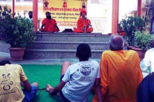 स्वामी रामदेव के गुरू का आर्ष गुरूकुल पहुंचने पर किया भव्य स्वागत