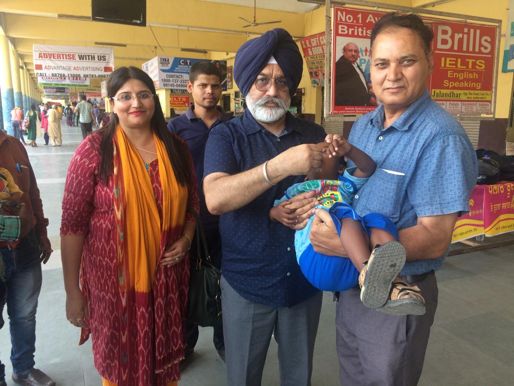 PULSE POLIO DRIVE COVERS 54700 CHILDREN ON THE FIRST DAY