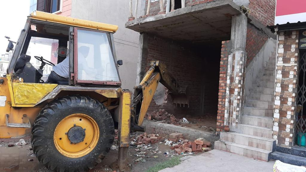 JDA DEMOLISHES 19 ILLEGAL BUILDINGS AT OUTSKIRTS OF CITY