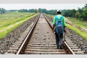 Floods Vs Railway Patrolman: A heart-felt story shared by a senior Railway officer