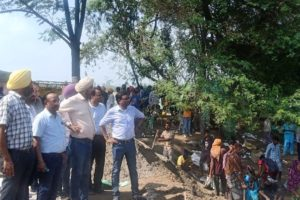 Special Chief Secretary KBS Sidhu reviews flood control arrangements near Mattewara Forest Complex
