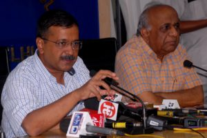 Delhi govt notifies Town Vending Committees; directs MCDs to complete surveys within a month