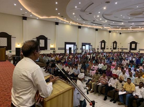 Krishan Kumar lauds dedicated efforts of the school teachers in transforming education system