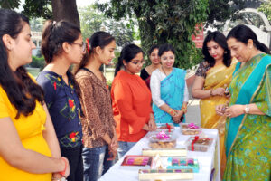 KMV Students put up a Food Stall