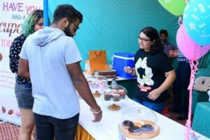 'Entrepreneurs in making' attract residents by Exhibiting their works