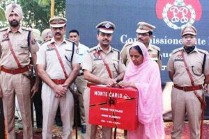 Ludhiana CP honours families of martyrs on Police Commemoration Day