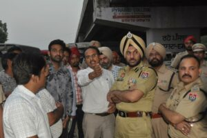 DC AND CP ASKS NHAI OFFICIALS TO MAKE RAMA MANDI CHOWK OPERATIONAL SOON BUT AFTER ENSURING SAFETY OF COMMUTERS