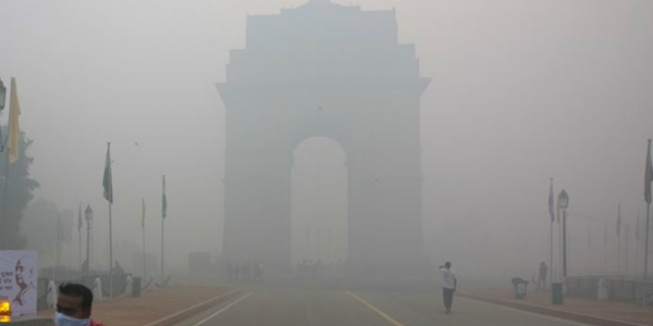 Delhi's AQI continues to decline, no signs of improvement.