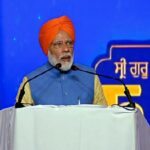 PM Modi wishes nation on Guru Nanak Dev's 550th birth anniversary