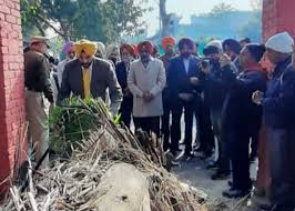 MLA, CP AND ADC ATTEND CREMATION OF OLYMPIAN DSP JAGDEV SINGH