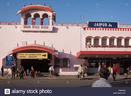 रेवाड़ी से जयपुर के लिए सुबह व सायं को सीधी गाड़ी चलाने की मांग की