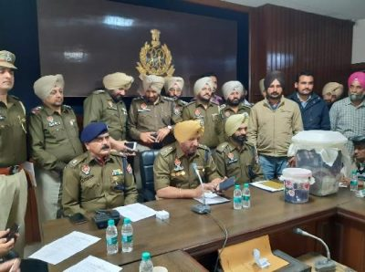 within 72 hrs Ferozpur Police bust gang of looters seazes vehicle and arms