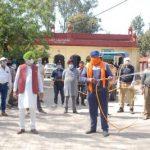 विधायक राणा गुरजीत सिंह के नेतृत्व में सिविल अस्पताल व अन्य क्षेत्नों में सैनीटाईजर स्प्रे