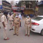 एडीजीपी ने पुलिसकर्मियों से मिलकर बढ़ाया हौंसला