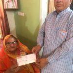 योजना बोर्ड के पूर्व उपाध्यक्ष के परिवार ने दिए करोना राहत कोष में एक लाख रुपए का सहयोग