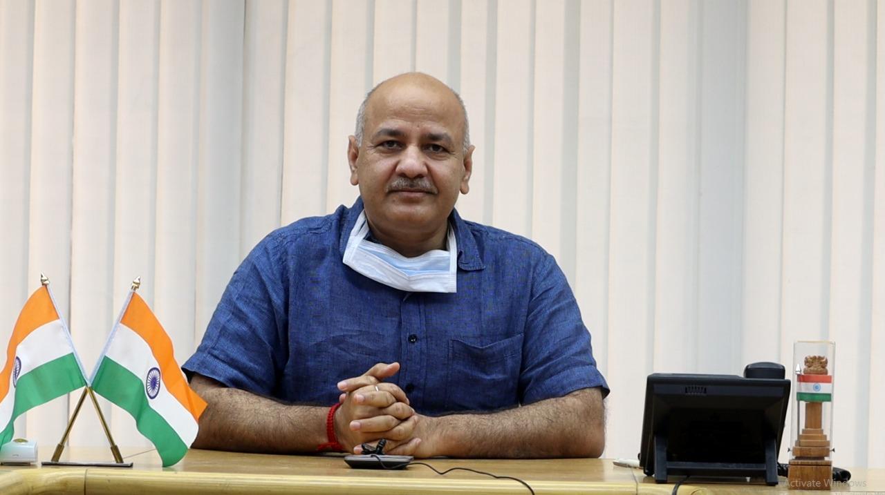 Manish Sisodia reviews online and SMS/IVR supported learning for Delhi Govt. school children