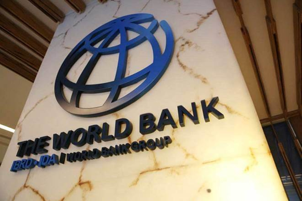 The signing of Loan Agreements between Government of India and the World Bank