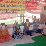 बर्खास्त पीटीआई अध्यापकों का क्रमिक अनशन आज 22 दिन भी जारी