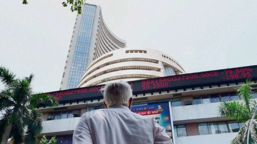 Sensex, Nifty rise on vaccine hopes, IT leads gains